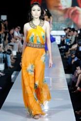 Jakarta Fashion Week 2010: Ina Thomas
