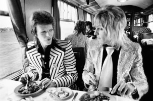 Bowie & Ronson at lunch 1973