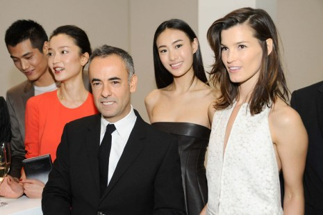 Model Hao Yun Xiang, model Du Juan, Women's Creative Director of Calvin Klein Francisco Costa, Supermodel Qin Shu Pei and Fashion Blogger Hanneli Mustaparta