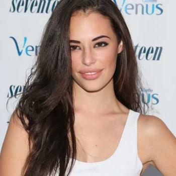 Sexiest Up and Coming Bombshell Chloe Bridges