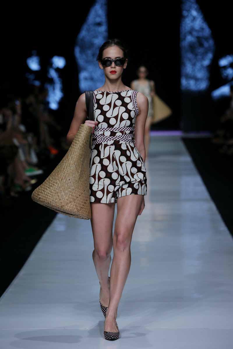 1 Fashion Markets Media: Jakarta Fashion Week 2014: Edward Hutabarat Part 1