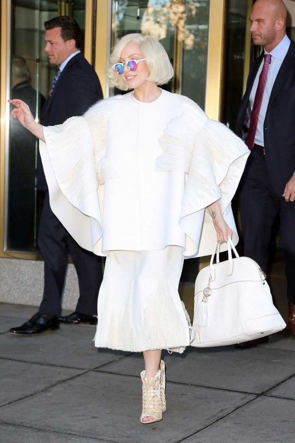 Lady Gaga spotted leaving her apartment building