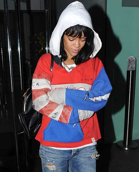 Rihanna in Raif Adelberg