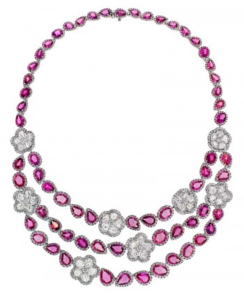 An_intricate_AVAKIAN_pink_sapphire_necklace