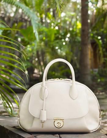 Medium ivory calf leather Fiamma bag - $2,250