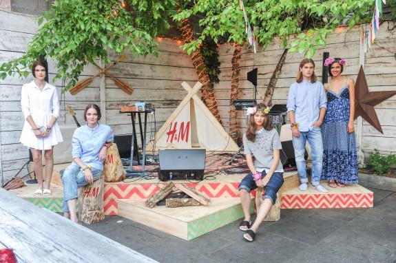 """H&M Summer Camp"""