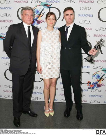 PRESENTERS SIDNEY TOLEDANO, MARION COTILLARD - INTERNATIONAL AWARD HONOREE RAF SIMONS
