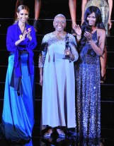 IMAN, BOARD OF DIRECTORS HONOREE BETHANN HARDISON PRESENTER NAOMI CAMPBELL