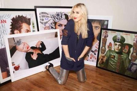 Niki M'nray Make Up Artist & Model