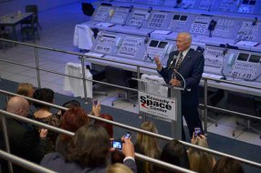 OMEGA Watches Celebrates The 45th Anniversary Of The Legendary Moon Landing With Buzz Aldrin in Orlando