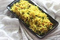 side view of matar pulao recipe