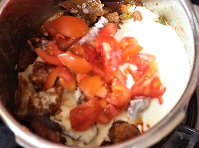 yogurt tomato for preparing mutton korma recipe