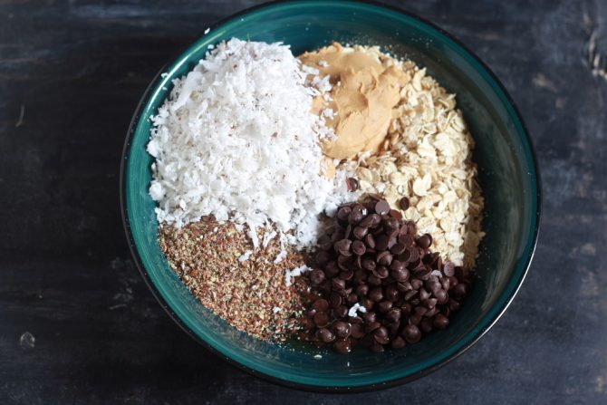 ingredients for No Bake Peanut Butter Oatmeal Balls