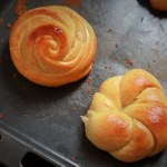 Rose Bun recipe, how to make rose bun. A lovely and cute looking dinner rolls that will be such a pleasure to bake and eat. There is no rocket science behind these dinner rolls and I will show you step by step instructions how to make them.