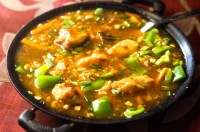 Garlic Chicken recipe - A delicious Indo - Chinese Chicken gravy that is truly delicious with the fried rice. With the amazing flavor of fresh garlic, this is one recipe that you should try.