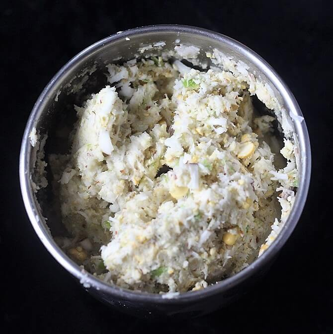 grinding coconut chutney in mixie coarsely
