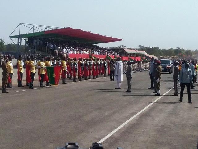 Revue des troupes par le Chef de L'Etat SEM le Président du Faso, Rock Marc Christian Kaboré