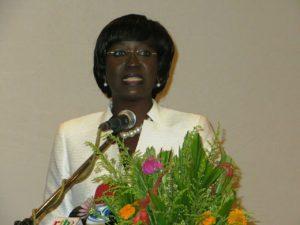 Mme la Ministre de la femme, de la solidarité nationale et de la famille, Mme Laure Zonge