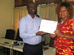 Un certificat de reconnaissance décerné à la talentueuse artiste musicienne Rovane