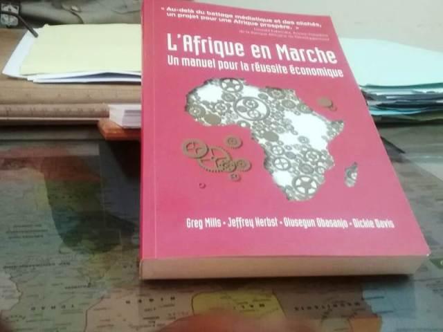 Présentation du livre « making work Africa »