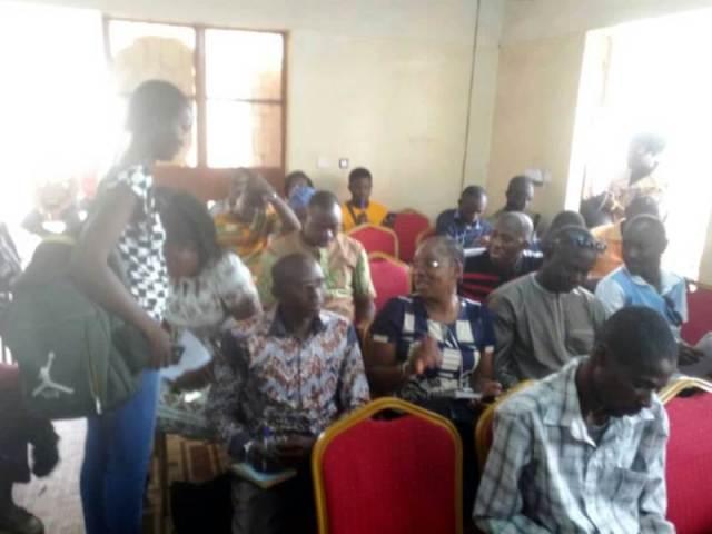 Les participants au point de presse