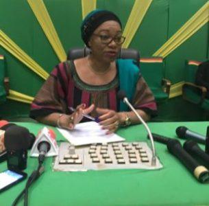 Madame la ministre : Nous avons besoin de l'appui de la population parce que nous savons bien que ce sont des opérations difficiles pour faire de ces personnes des citoyens productifs et qui participent au développement du Burkina Faso.