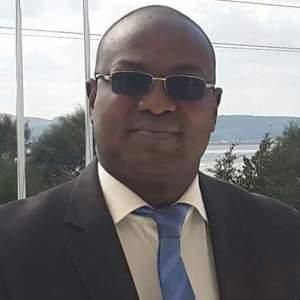 Eric Bougouma, ministre des infrastructures