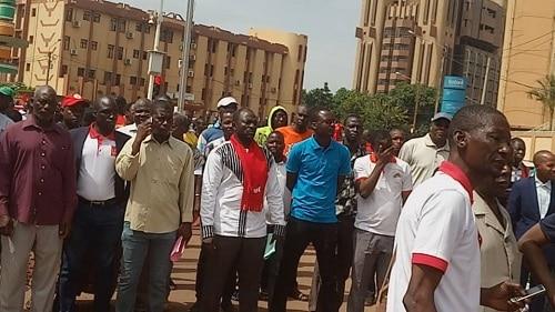 Marche de l'UAS: des manifestant dispersés à gaz lacrymogène
