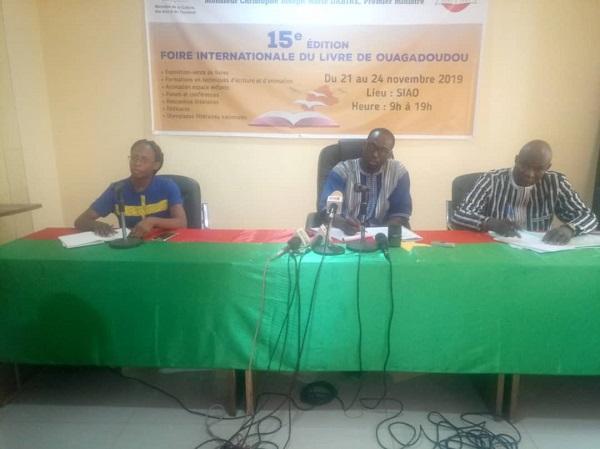 Foire-internationale-du-livre-la-15-édition-ouvre-ses-portes-à-Ouagadougou-du-21-au-24 -novembre-prochain
