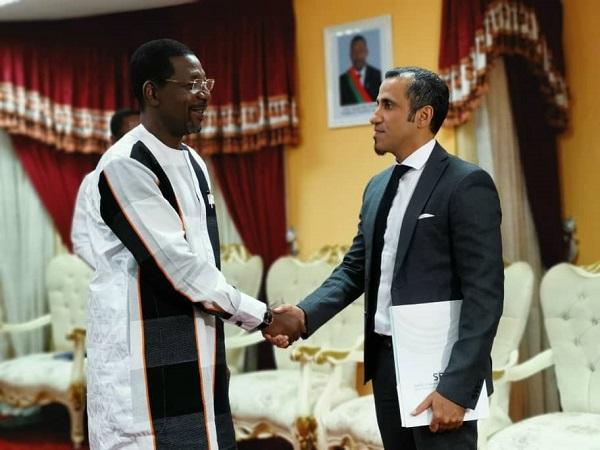 Bala-Sakandé-reçoit-des-partenaires-koweïtiens
