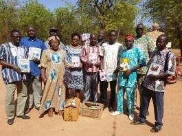 l-Ecole-Centre-Filles-de-Koudougou-reçoit-des-livres-de-ses-anciens-élèves