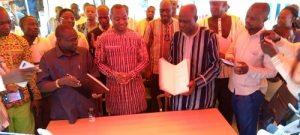 Burkina- le - de commerce -chez -les -vendeurs -de -pièces -détachées