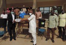 PÔ : du- matériel –remis- aux- acteurs- de- la -santé –pour- endiguer- la -pandémie