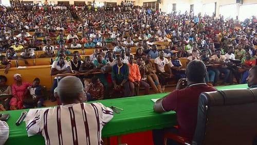 Université -Norbert –Zongo- le -huis -clos - -du -président -avec –ses- étudiants