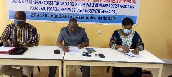 Amélioration –des-conditions –d-accès -à –l-eau –potable- des- parlementaires -Ouest-Africain -sont -en -conclave