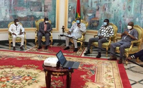 Conquête- de- l'espace - Pr- Frédéric –Ouattara- reçu- en –audience- par- le -président –du- Faso
