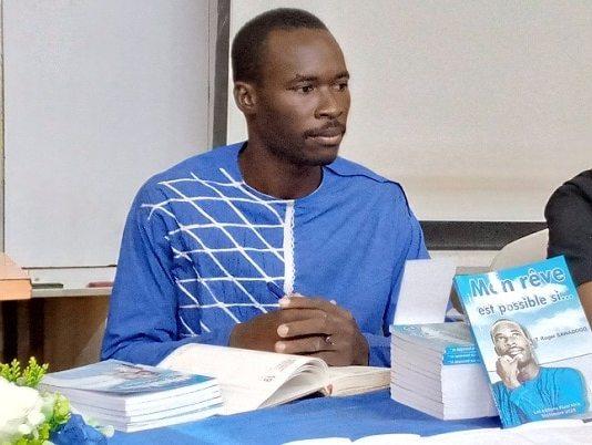 Le-premier-essai-littéraire-de-Roger-SAWADOGO