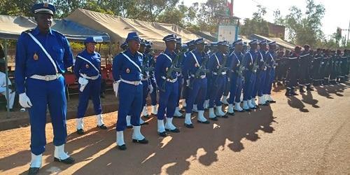 Célébration –régionale- du -11 –décembre- le- mérite- de- 92- fonctionnaires- reconnu- à- Saaba