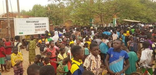 Commune- de- Réo -les –élèves- toujours- en- attente –de- la- cantine –et- du –cartable- minimum