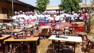 Région-du -Sud-Ouest-141- filles- apprenantes- prêtes- à –intégrer- le- monde- de- l-emploi