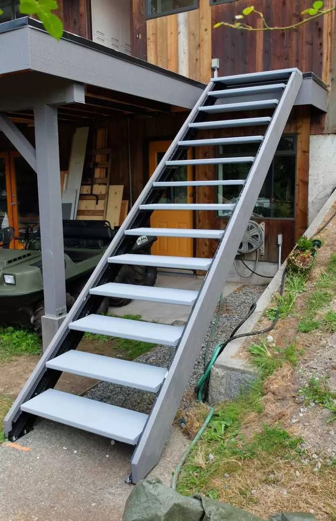 Outdoor Stair Stringers by Fast-Stairs.com on Backyard Patio Steps  id=40968