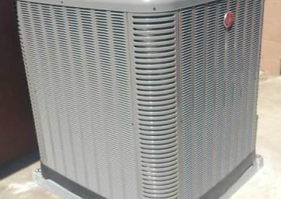 New condenser HVAC installation in the city of Pico Rivera