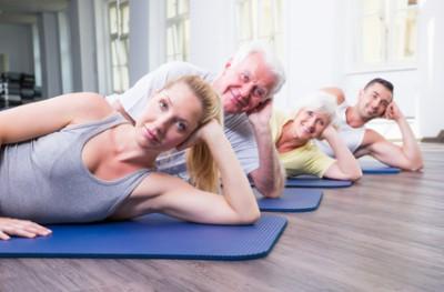 Feldenkrais-Übungen unterstützen die Entschlackung beim Fasten