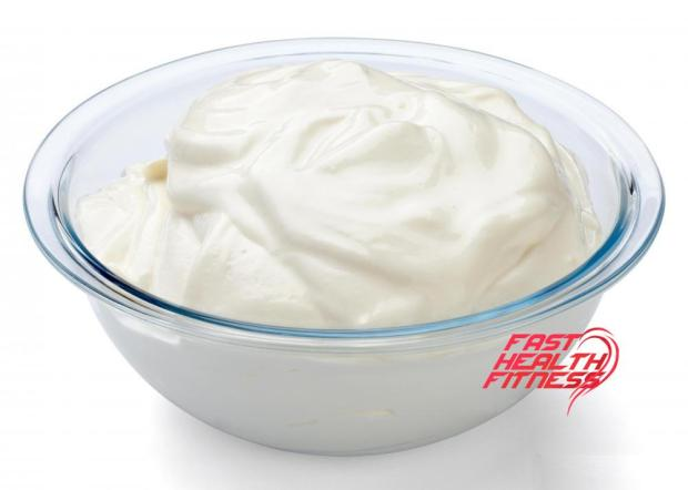 bowl-of-greek-yogurt