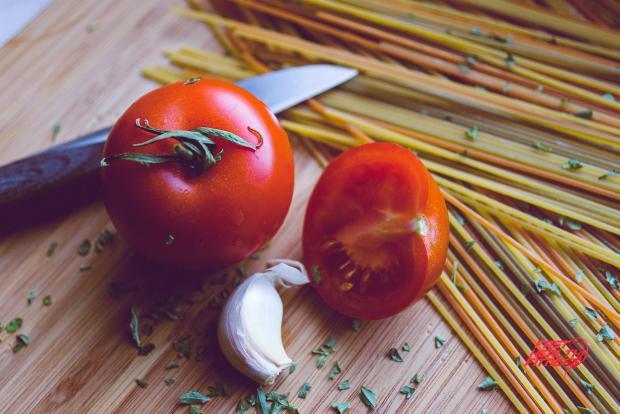tomatoes-1194517_1920