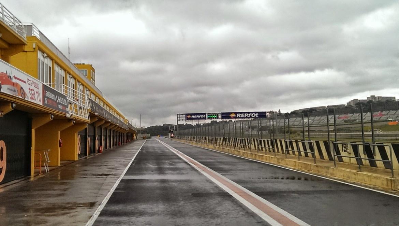 Valencia 2015-regen en donkere wolken