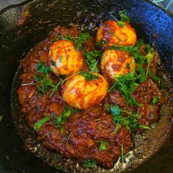 Anda Bhuna - An Easy, Simple and Quick Egg Bhuna Curry
