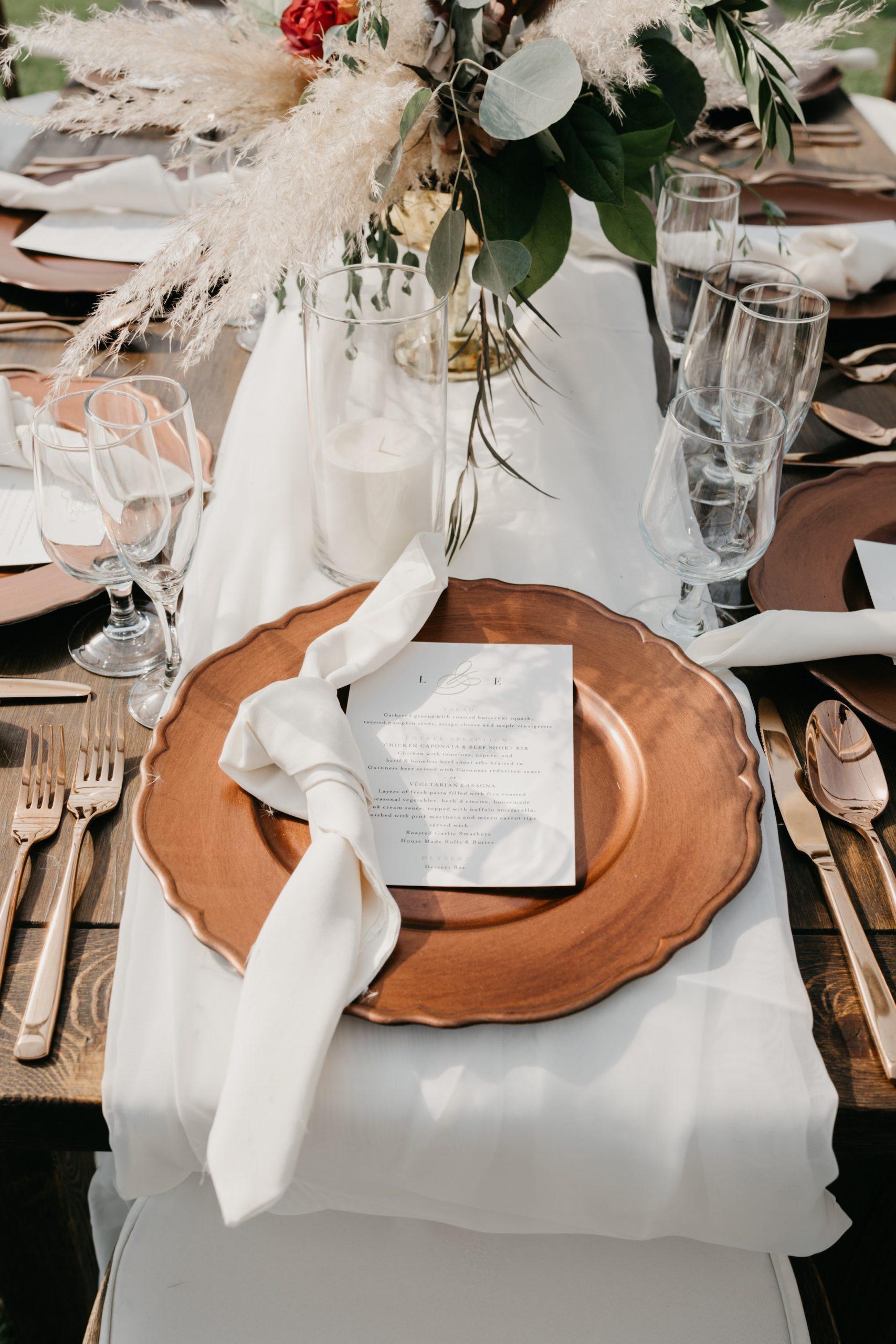 Evanelle Vineyards Wedding tablescape, image by Fatima Elreda Photo