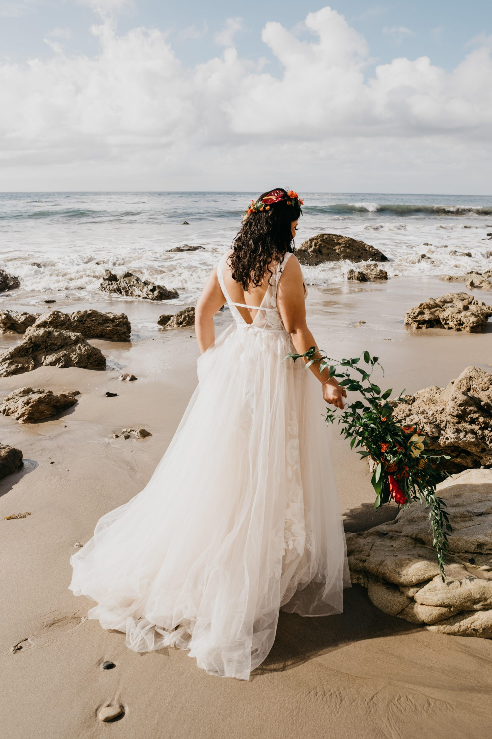 Bride portrait at the beach, image by Fatima Elreda Photo
