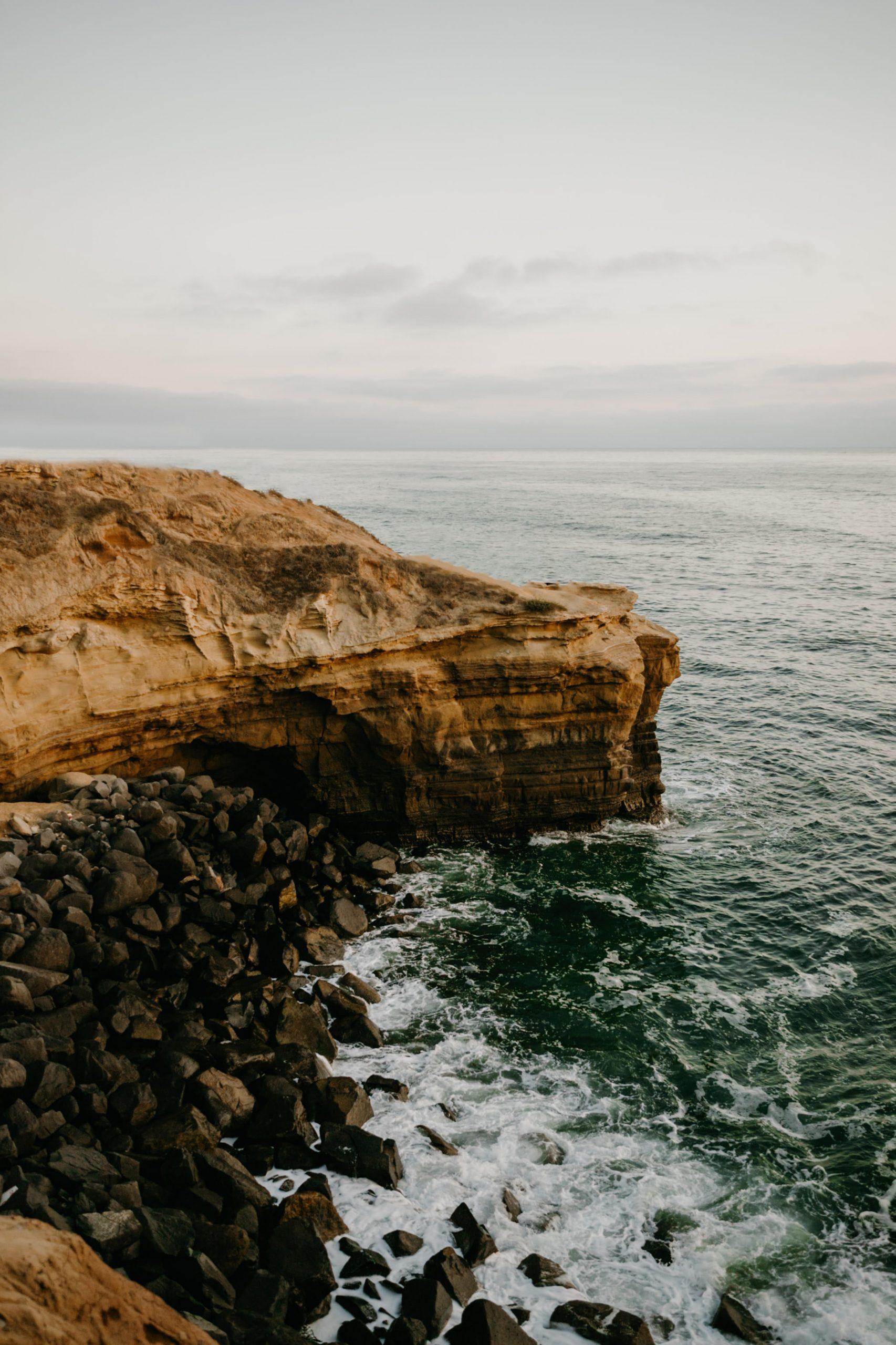 Sunset Cliffs Phone Wallpaper, image by Fatima Elreda Photo
